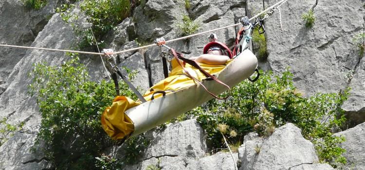 Тренировка на Пещерно спасяване на Малката Враца